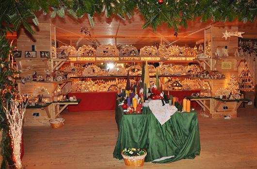 Unsere Verkaufsfläche in der Adventsscheune